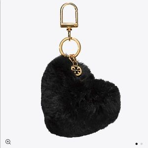 NWT Tory Burch Heart Key Ring Fur
